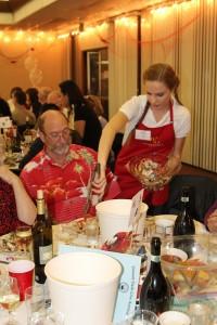 crab-feast-2015-student-volunteer